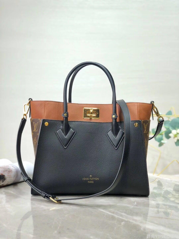 现货:经典手袋  牛皮 金扣 30cm顶级原单奢侈品货源