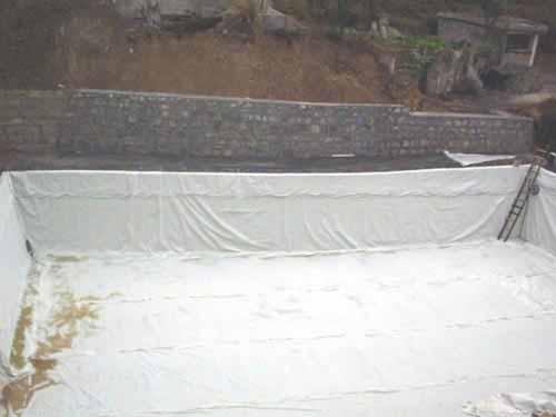 复合土工膜应用于污水池