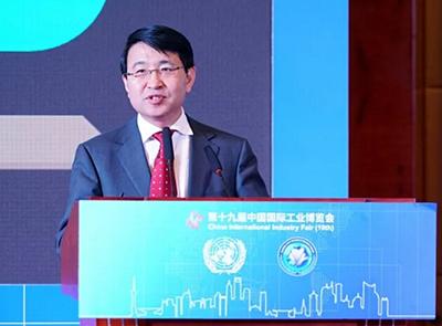 """新华三总裁于英涛出席""""全球城市信息化论坛"""", 谏言新型智慧城市建设"""