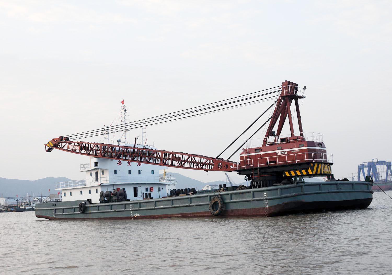 3000吨自航起重船
