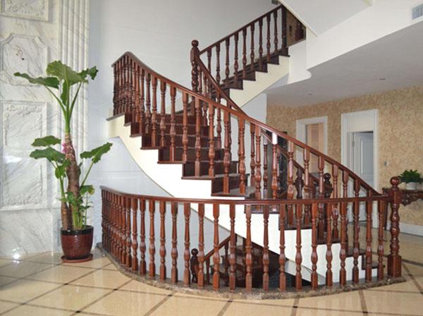 樓梯廠家_純實木樓梯如何選擇