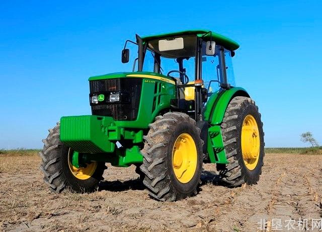 约翰迪尔1104拖拉机