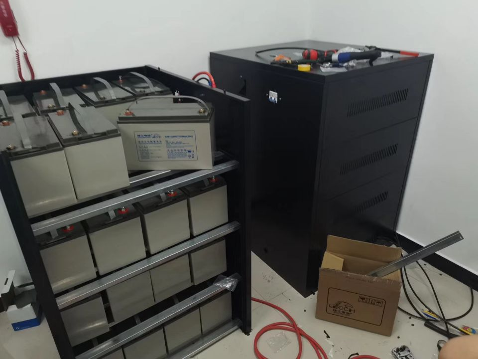 理士UPS蓄电池安装